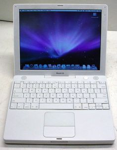 "Apple iBook A1054 G4 1.2GHz/512MB/30GB DVD-CDRW/OSX10.5.8/12.1"" display 
