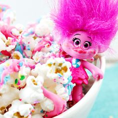 Have kids that love the Trolls movie? Here's a fun Trolls Movie Night Popcorn recipe, perfect for family fun night, birthday parties, or slumber parties!