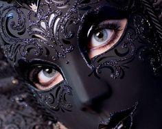 Ebon Full Mask