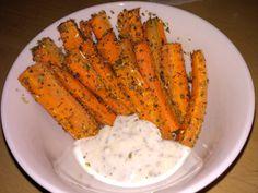 Zdravé hranolky tak ako ich nepoznáš. Mrkvové hranolky sú ideálnou večerou pri chudnutí i aktívnom životnom štýle. Chutia skvele, majú iba 170Kcal. Ochutnaj Wok, Carrots, Food And Drink, Dinner, Vegetables, Fitness, Diet, Dining, Food Dinners