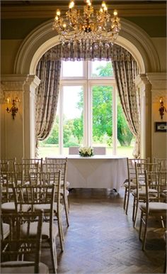 Glewstone Court is a charming Grade II listed wedding venue set in 2 acres of grounds with stunning views over the Herefordshire countryside. Country House Hotels, Herefordshire, Georgian, Valance Curtains, Countryside, Backdrops, Wedding Venues, Buildings, Weddings
