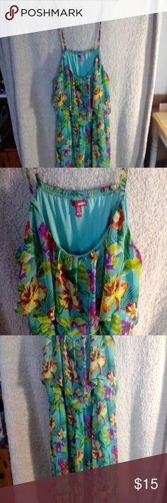"Plus 3 X bongo sun dress, floral Pretty, flowy, plus size sun dress, 3X, high low, length 34"", dress is lined BONGO Dresses Midi"