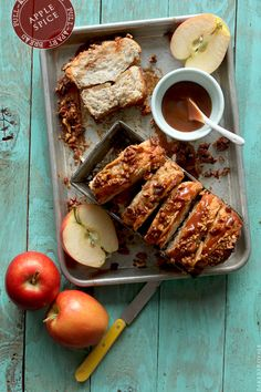 Apple Spice Pull-Apart Bread