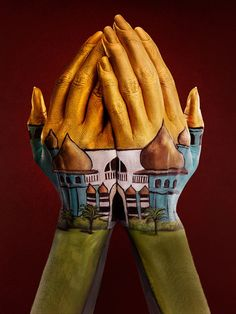Amazing Hand Painting Illusion by Ray Massey and Annie Ralli Hot Body Paint, Web Design, Hand Art, Hand Painting Art, Painting Videos, Paint Designs, Optical Illusions, Photo Art, Body Art