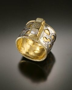 Chris Nelson || insideout cubes - Fused /fabricated 925 silver and 18/22k gold with diamond cubes.