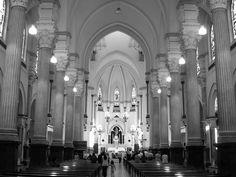 A Igreja Santo Antonio do Pari, um dos mais tradicionais templos da região Central de São Paulo, recebe nesta terça-feira, 12, às 12h30, uma apresentação especial do Coro da Osesp.