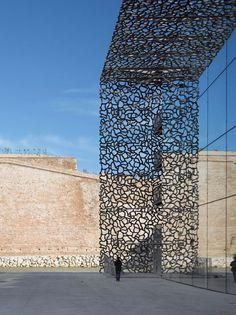 Le Mucem  - musée des civilisations de l'Europe  et de la Méditerranée - Marseille (architecte Rudy Ricciotti)