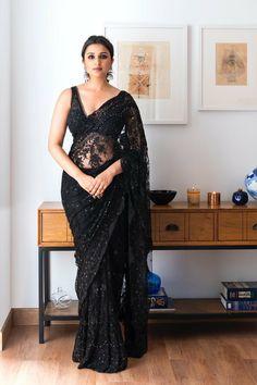 BFFs Sania Mirza, Parineeti Chopra and Farah Khan Steal Thunder At Bachchan's Diwali Bash - HungryBoo Diwali Fashion, Indian Fashion, Ethnic Fashion, Parineeti Chopra, Bollywood Saree, Bollywood Fashion, Bollywood Designer Sarees, Bollywood Gossip, Designer Anarkali
