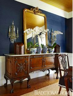 Grasscloth with navy walls; classic color combos