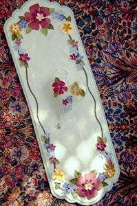 """Make a beautiful Wool Appliqued runner 36"""" up to 42""""."""