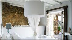 mediterrán lakás, hálószoba (Luxuslakások, ház) Chandelier, Ceiling Lights, Lighting, Diy, Home Decor, Candelabra, Decoration Home, Bricolage, Room Decor