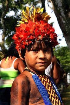 Criança indígena etnia Karajá