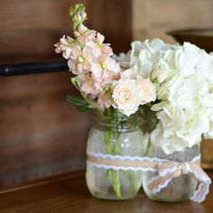 A little rustic goodness at @rusticacresfarm today.  #weddingflowers #hydrangea #stock #sprayroses #barnwedding