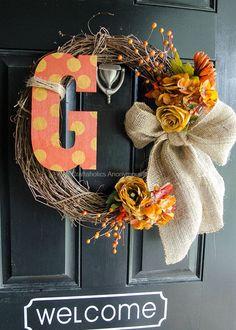DIY Fall Burlap Wreath with Monogram tutorial || Makes beautiful fall decor for your front door!