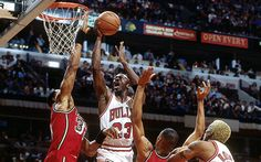 VIDEO: Alonzo Mourning says Michael Jordan would average 50 today