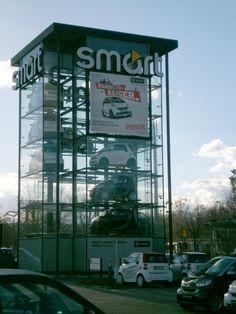 Auch einen weiteren Kunden konnten wir glücklich machen. Die neuen PVC Frontlit und Mesh Premium Banner hängen nun an den Smart Standorten in Dresden und in Leipzig.