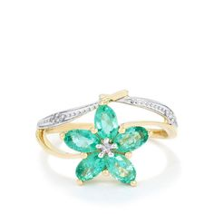 A stunning Ring from the Jacque Christie collection, made of 9k Gold featuring 1.06cts of amazing Zambian Emerald and dazzling Diamonds.