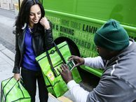 AmazonFresh vs. supermarket: A hands-on shopping test CNET's Sharon Vaknin has long hungered to shop for groceries online, and now that AmazonFresh has arrived in San Francisco, she finally can. But how does the experience stack up to a regular supermarket?