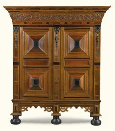 cabinets/cupboards ||| sotheby's l16306lot8rlwsen