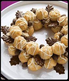 DONT SWIPE Wreath Shaped Desserts 18 - https://www.facebook.com/diplyofficial