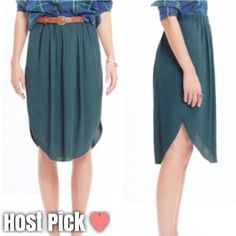 "Island Midi Skirt Pull on tulip hem midi skirt. Two pockets. Worn around the waist (if worn around the waist it hits at your knees) the perfect ""simple"" piece! 25.5"" long. Madewell Skirts Midi"