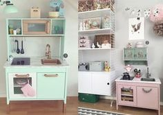 ikea duktig keuken pimpen - Google zoeken Ikea Toy Kitchen Hack, Kids Toy Kitchen, Playhouse Interior, Duktig, Playroom Design, Playroom Ideas, Little Girl Rooms, Ikea Hacks, Kids Bedroom