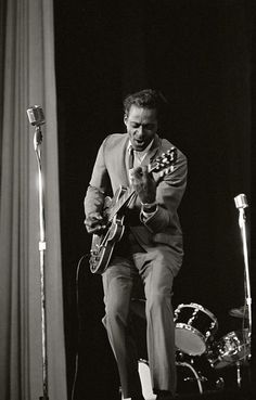 Chuck Berry - Little Queenie, Memphis Tennessee, Come On, Nadine Punk, Friedrich Nietzsche, Classic Rock And Roll, Heavy Metal, Chuck Berry, Rock N Roll Music, Rhythm And Blues, Blues Rock, Music Photo
