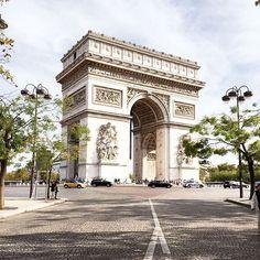 Arc De Triophe | Paris, France