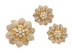 Diamond Tops, Gold For Sale, Van Cleef Arpels, Vintage Jewelry, Fine Jewelry, Artsy, Brooch, Antiques, Artwork