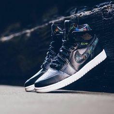 Nike ve Jordan Brand, Air Jordan 1 Retro High Nouv (₺395) modeliyle 'Black History Month'ı anmaya devam ediyor.  Nike and Air Jordan continue to pay homage to 'Black History Month' with Air Jordan 1 Retro High Nouv (₺395). #shopigo #shopigono17 #nike #airjordan #aj1 #airjordanbhm #nikesportswear #jumpman23 #sneakers #sneakernews #jordanretro #jordan1 #blackhistorymonth #bhm #sneakerhead #airjordanshoes #jordanbrand #kicks