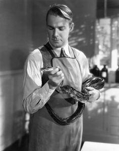 Randolph Scott, Murders in the Zoo, 1933