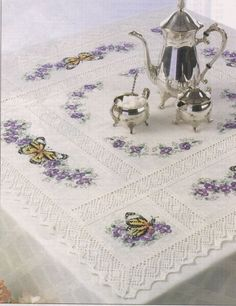 Gallery.ru / Фото #17 - Бордюры и др. мелочь - radost68 Butterfly Cross Stitch, Cross Stitch Borders, Cross Stitch Flowers, Cross Stitching, Cross Stitch Patterns, Hand Embroidery Stitches, Ribbon Embroidery, Cross Stitch Embroidery, Machine Embroidery