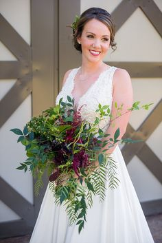 Woodland inspired shoot at The Grove! Be sure to click here- http://www.thegroveaubreytexas.com/single-post/2016/10/24/Woodland-Styled-Shoot to see all the great vendors involved! #Engaged #FallWedding #NorthTexasBride #TheGroveTX #BurgundyWedding #OutdoorWedding