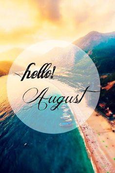 #FELIZLUNES Comenzamos laboralmente el mes de agosto, mes principal de #vacaciones. ¿Cuál es vuestro destino idóneo? El nuestro estar a vuestro lado