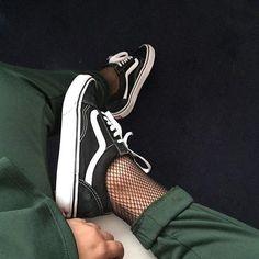 """f082496af7ef41 GIRLSONMYFEET on Instagram  """"💱 Vans by  monxdes via  dressdealeruk . . .  ☝️Link in bio to shop ! . . .  vans  offthewall  vansoldskool   vansoldschool ..."""