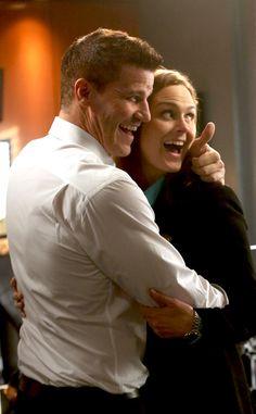 David Boreanaz & Emily Deschanel from Bones Wedding Album   E! Online