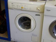 Zanussi washing machine ------------------ £85 (pc650)