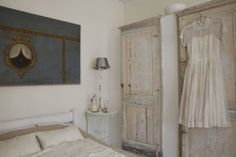 Book Photo Shoot Locations in London for Advertising and Commercials from Carol Hayes Management Agency | Carol Hayes Management  #cothestonehouse #shabbychic #traditional #english #distressed