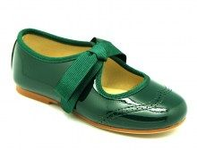 Deep green for Xmas shoes. 100% Made in Spain