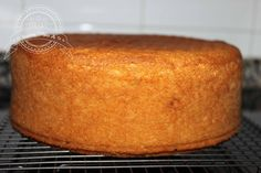 Basic cake to Cakes My Recipes, Sweet Recipes, Cake Recipes, Dessert Recipes, Sweet Desserts, Delicious Desserts, Yummy Food, Hispanic Desserts, Basic Cake