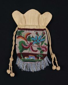 First half 19th century, America - Bag - Glass bead and Silk knit, silk and leather and silk beads