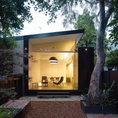 Haines House by Australian architect Christopher Polly... it's an airy, clutter free, minimalist small space... love it!
