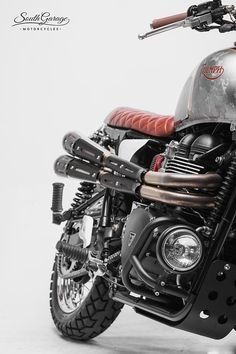 Led Motorcycle Headlight, Motorcycle Lights, Cafe Racer Motorcycle, Motorcycle Gear, Triumph Scrambler Custom, Triumph Motorcycles, Cars And Motorcycles, Bad Boy Style, Street Scrambler