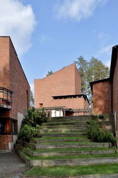 Brick Architecture, Organic Architecture, Contemporary Architecture, Helsinki, New Urbanism, Brick Construction, Unusual Buildings, Brick Facade, Famous Architects