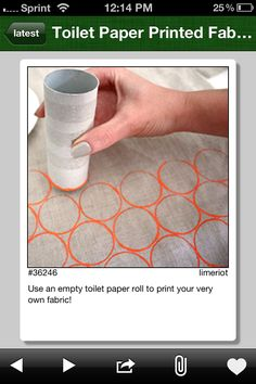 Finally a use for all of the tubes I just can't part with. Use an empty toilet paper roll to print your very own fabric! Finally a use for all of the tubes I just can't part with. Use an empty toilet paper roll to print your very own fabric! Diy Projects To Try, Sewing Projects, Craft Projects, Craft Ideas, Sewing Crafts, Fabric Crafts, Fun Crafts, Diy And Crafts, Arts And Crafts