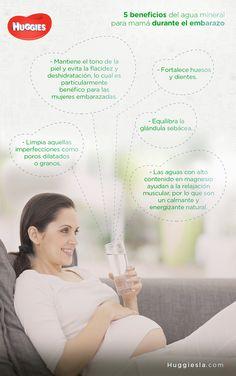 5 beneficios del agua mineral para mamá durante el embarazo
