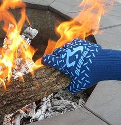 Heat resist your pair of hands with this gadget. BlueFire Pro Heat Resistant Gloves - Oven - BBQ Grilling - Big Green Egg - Fireplace Accessories and Welding. Trending Christmas Gifts, Christmas Gift For Dad, Unique Christmas Gifts, Diy Gifts For Boyfriend, Gifts For Dad, Fathers Day Gifts, Bbq Grill, Grilling, Grill Oven