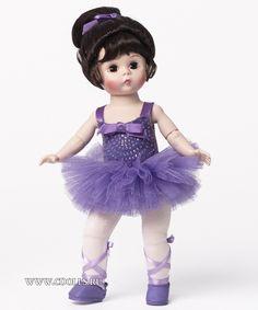 Кукла Венди пируэт в фиолетовом