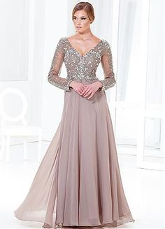 Elegant Tulle & Chiffon A-line V-neck Neckline Full-length Mother of the Bride Dress