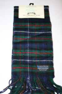 Robertson Hunting tartan colors. Red background was for dress trews. (Teagans clan)